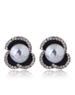 Czech Rhinestone Embellished Acrylic Beads Inlaid Floral Style Fashion Earrings - Gray