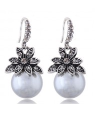 Czech Rhinestone Embellished Flower Pearl Fashion Costume Earrings - Gray