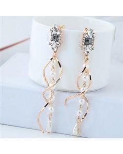 Dangling Pearl Spiral Pattern Design Women Fashion Costume Earrings