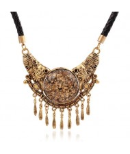 Vintage Royal Style Pendant Short Fashion Rope Costume Necklace - Golden