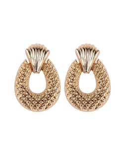 Studs Texture Chunky Hoop Design High Fashion Alloy Earrings - Golden