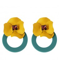 Vintage Yellow Flower Attached Elegant Hoop Design Women Statement Earrings - Green