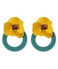Vintage Yellow Flower Attached Elegant Hoop Design Women Statement Earrings - Green