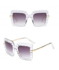 6 Colors Available Concave-convex Texture Bold Thick Frame Design High Fashion Women Sunglasses