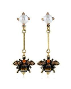 Pearl Inlaid Vintage Bee Dangling Fashion Costume Earrings
