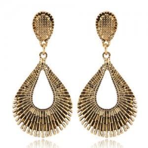 Vintage Style Hollow Waterdrop Shape Fashion Earrings - Golden