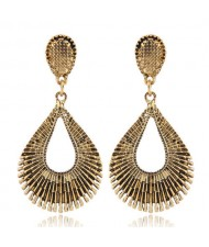 Vintage Style Hollow Waterdrop Shape Fashion Earrings - Golden