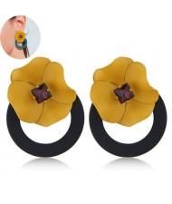 Sweet Flower Attached Dangling Hoop Fashion Earrings - Black