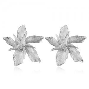 Alloy Texture Maple Fashion Design Women Statement Earrings - Silver