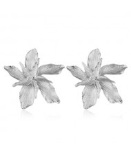 Alloy Texture Maple Fashion Design Women Statement Earrings - Silver