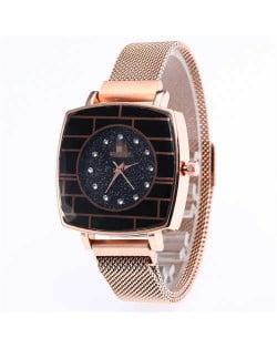 Shining Rhinestone Rimmed Square Design Wrist Watch - Golden