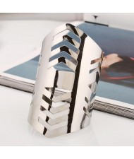 Irregular Hollow Design Punk Fashion Wide Alloy Bangle - Silver