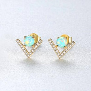 Natural Gem Inlaid V Shape Design 925 Sterling Silver Earrings - Green
