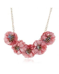 Sweet Cloth Flowers Women Fashion Necklace - Pink