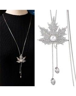 Pearl Inlaid Rhinestone Maple Pendant Design Long Chain Women Costume Necklace - Silver