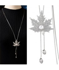 Pearl Inlaid Rhinestone Maple Pendant Design Long Chain Women Costume Necklace - Silver