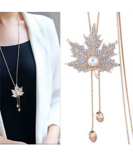 Pearl Inlaid Rhinestone Maple Pendant Design Long Chain Women Costume Necklace - Golden