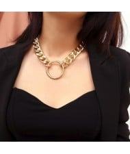 Alloy Ring Pendant Bold Chunky Chain High Fashion Costume Necklace - Golden