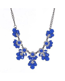 Resin Gems and Rhinestone Summer Style Flowers High Fashion Costume Statement Necklace - Royal Blue