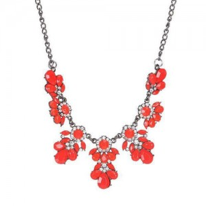 Resin Gems and Rhinestone Summer Style Flowers High Fashion Costume Statement Necklace - Red