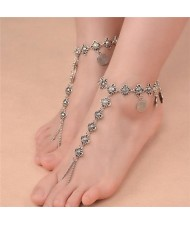 Vintage Style Coins Decorated Women Fashion Anklet - Silver