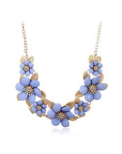 Rhinestone Inlaid Elegant Flowers Women Fashion Alloy Costume Necklace - Blue