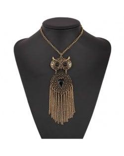 Resin Gem Embellished Vintage Night Owl with Tassel Design High Fashion Necklace - Golden