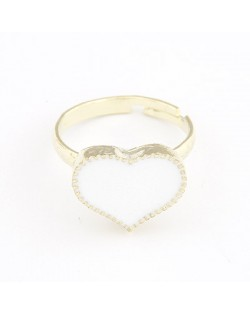 Oil-spot Glazed Sweet Heart Women Fashion Ring - White