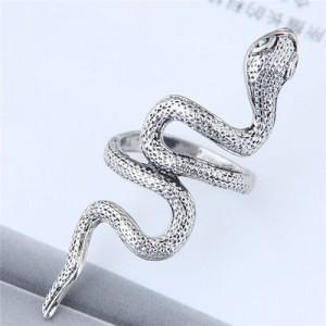 Vintage Silver Snake Design Women Fashion Ring