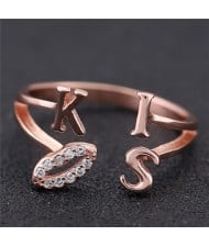 Sweet Kiss Fashion Women Ring - Golden