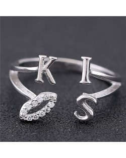 Sweet Kiss Fashion Women Ring - Silver