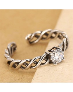 Transparenet Cubic Zirconia Embellished Weaving Pattern Fashion Ring