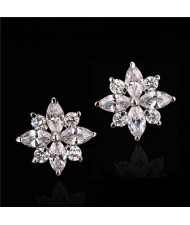 Cubic Zirconia Graceful Flower Design Women Earrings - Platinum