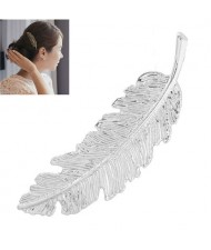 Vintage Leather Design Women Fashion Hair Clip - Silver