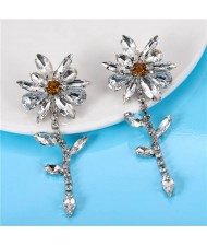 High Fashion Shining Rhinestone Flowers Dangling Costume Earrings