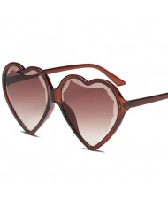 8 Colors Available Peach Heart Shape Frame High Fashion Women Sunglasses