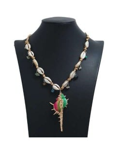 Conch Pendant Seashell Chain Design High Fashion Women Costume Necklace - Multicolor