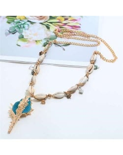 Conch Pendant Seashell Chain Design High Fashion Women Costume Necklace - Blue
