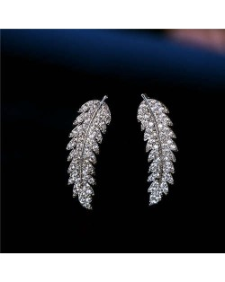 Cubic Zirconia Embellished Elegant Leaves Design 18k Platinum Plated Earrings
