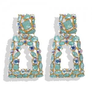 Elegant Rhinestone Geometric Design Women Fashion Earrings - Green