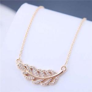Luxrious Fashion Cubic Zirconia Leaf Pendant Korean Style Women Costume Necklace - Golden
