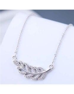 Luxrious Fashion Cubic Zirconia Leaf Pendant Korean Style Women Costume Necklace - Silver