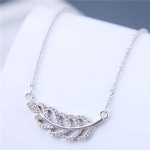 Luxrious Fashion Cubic Zirconia Leaf Pendant Korean Style Women Costume Necklace - Silver