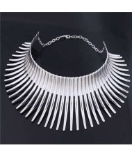 Bold Rivets Punk Style High Fashion Alloy Women Statement Necklace - Silver