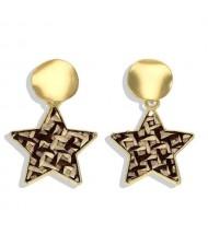 High Fashion Dangling Pentagram Design Women Costume Earrings - Yellow and Black