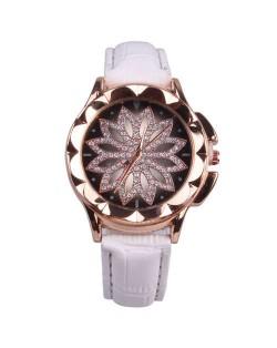 Vintage Hollow Design Floral Index Women Fashion Wrist Watch - White