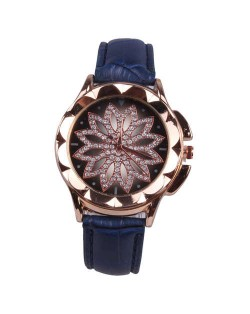 Vintage Hollow Design Floral Index Women Fashion Wrist Watch - Blue