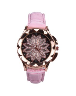 Vintage Hollow Design Floral Index Women Fashion Wrist Watch - Pink