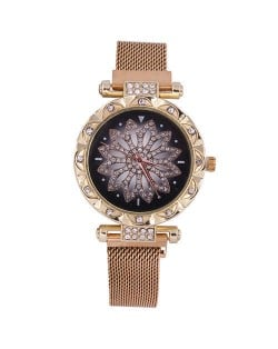 Lucky Lotus Design Shining Index Women Fashion Wrist Watch - Golden