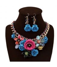 Gorgeous Flowers Cluster Bold Alloy Chain and Weaving Design Women Bib Necklace and Earrings Set - Blue